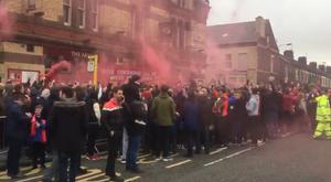 Les fans des Reds ne peuvent pas aller aux WC tranquillement. Twitter