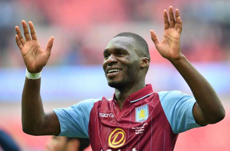 Aston Villa envisage le possible retour de Benteke. AFP