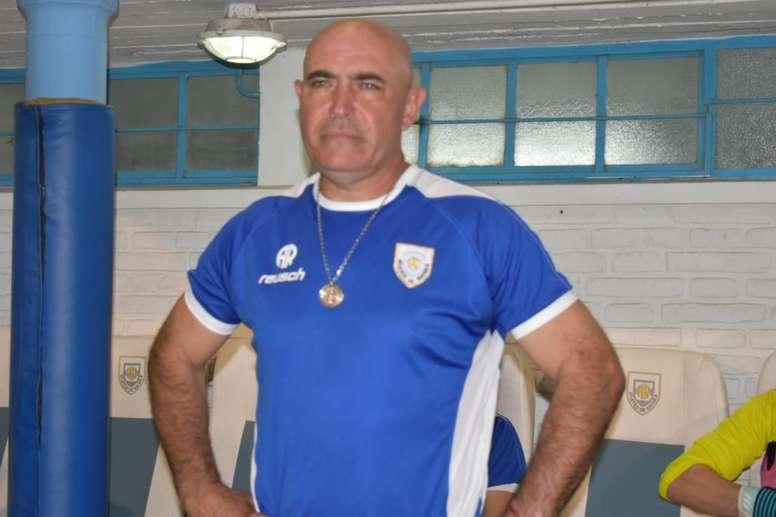 Llop dejó de ser técnico de Atlético Rafaela. Twitter/OficialAMSyD