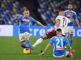 Napoli e Torino são duas das equipes com atraso de salários. Twitter/SSCNapoli