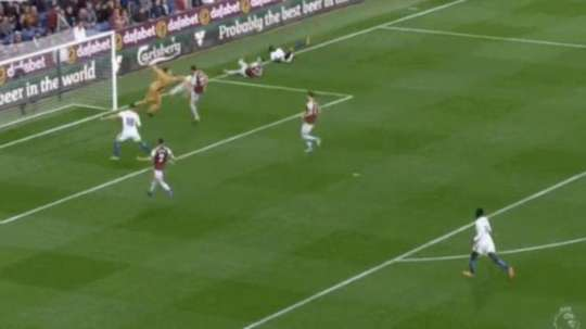 A defensive mistake handed Chelsea the lead. Screenshot/Movistar
