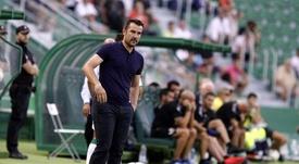 El Tenerife anuncia la destitución de López Garai. CDTenerife