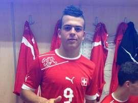 Lorenzo González es la gran joya de Suiza por la que se pelea media Europa. Twitter