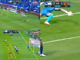Loroña cometió un grosero error para adelantar a Tigres en el marcador. Captura/SkySports