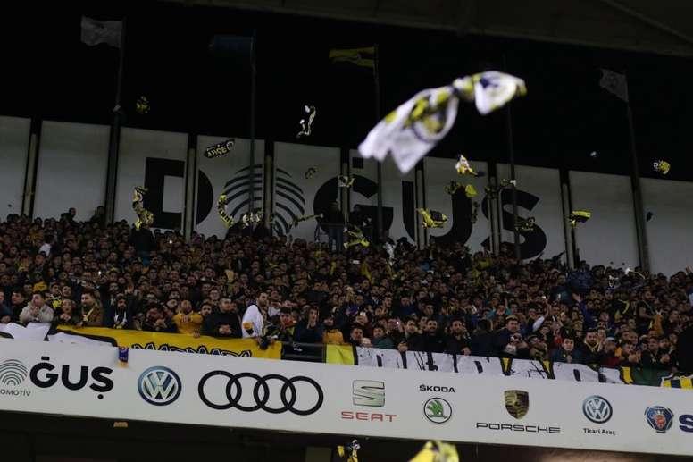 Dos nuevos positivos por coronavirus en el Fenerbahçe. Twitter/Fenerbahçe