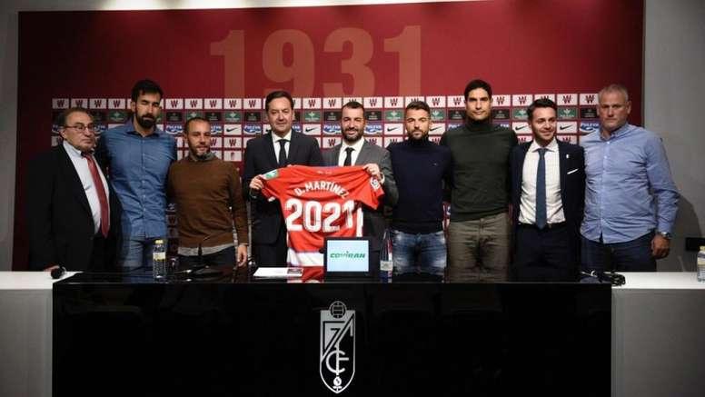 El Granada ve su futuro con Diego Martínez. Twitter/GranadaCdeF