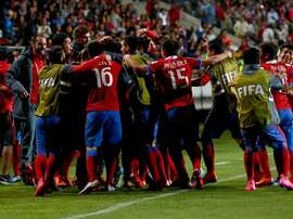 Los futbolistas de Chile celebran el segundo gol anotado a Estados Unidos. FIFA