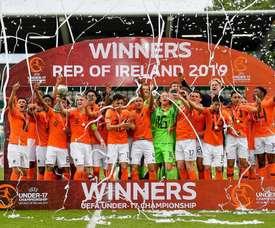 Officiel : l'Euro féminin reporté à 2022. Twitter/KNVB