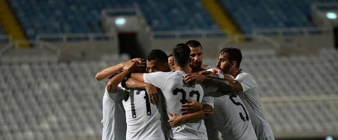 El Apollon Limassol no perdonó la fragilidad defensiva del Dinamo de Brest. Twitter/APOLLONOFFICIAL