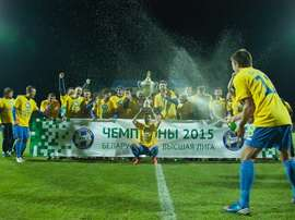 Los futbolistas del BATE Borisov celebran su recién conquistada Liga Bielorrusa. FCBate