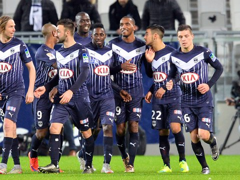 Los futbolistas del Girondins de Burdeos celebran uno de los tantos marcados  al Lorient. Twitter
