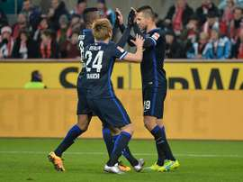 Los futbolistas del Hertha de Berlín festejan el gol que les daría la victoria ante el Köln. Twitter