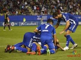 Los futbolistas del Lorca celebran un tanto ante el Cádiz. LaLiga