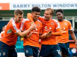 El Luton Town está arrasando en la League Two. LutonTown