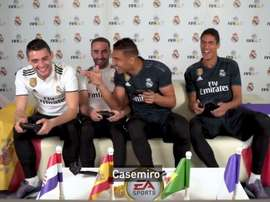 Partida de videogame entre os jogadores do Real Madrid. Twitter/realmadrid
