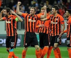 Los futbolistas del Shakhtar celebran el triunfo en casa ante el Anderlecht. Shakhtar