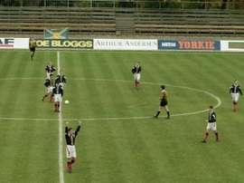Los jugadores de Escocia celebran un triunfo ante Estonia que nunca llegó. FourFourTwo