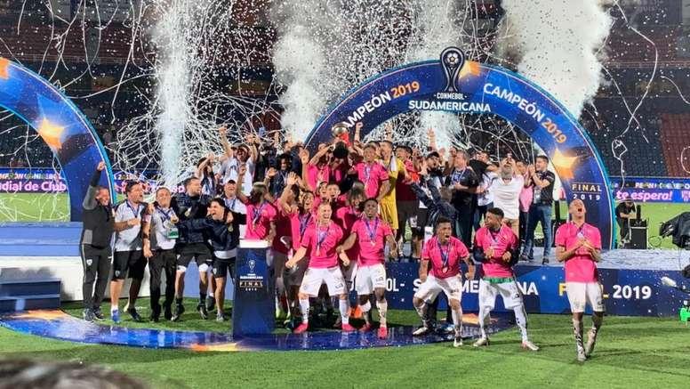 8.000 aficionados vibraron con Independiente desde Sangolquí. IndependientedelValle