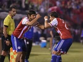 Los jugadores de Paraguay celebran uno de sus goles ante Chile. CONMEBOL