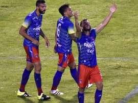 Los jugadores de Universidad de Sucre celebran el triunfo ante Wanderers. AFP
