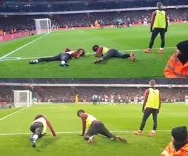 Iwobi y Guendouzi hicieron las delicias de la afición del Arsenal. Captura/MetroSport
