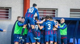 Los jugadores del Atlético Levante celebraron el triunfo ante el Nàstic. Twitter/AtleticoLevanteUD