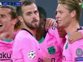 Barca players celebrate Dembele's goal. Screenshot/MovistarLigadeCampeones