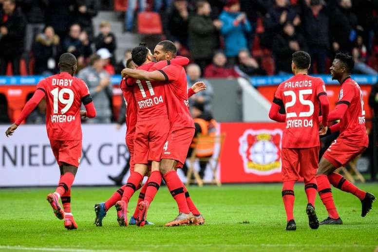 O Leverkusen chega no carnaval da Bundesliga. Twitter/Bayer04fussball