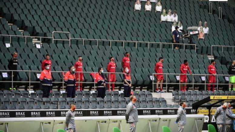 Bundesliga faz minuto de silencia na rodada 27. EFE