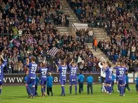 Los jugadores del Beerschot-Wilrijk, al término de un partido. KFCOBeerschotWilrijk