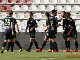 El conjunto blanquiverde ganó 1-2 en el feudo del Rayo Vallecano. LaLiga