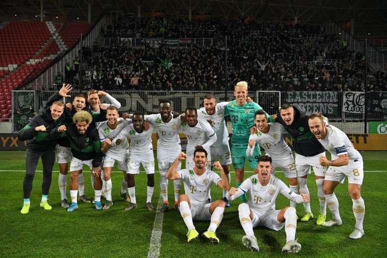 El fútbol volverá en Hungría. Twitter/Fradi_HU