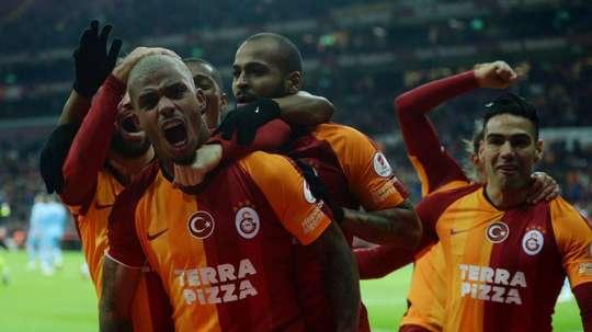 Jogadores do Galatasaray dão negativo. GalatasaraySK
