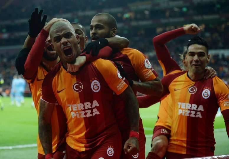 El Galatasaray cumplió y pasa a cuartos. GalatasaraySK