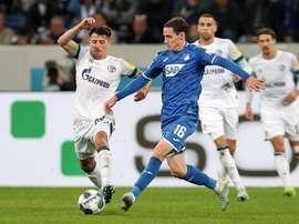 Hoffenheim empêche Schalke de prendre la première place. Schalke04