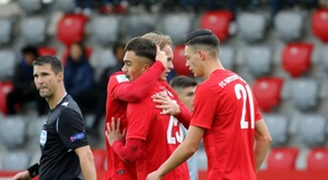 El Bayern goleó al Olympiacos. Twitter/FCBjuniorteam
