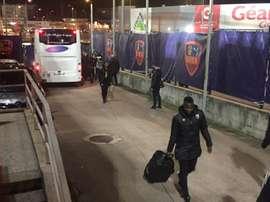 Los jugadores del Ajaccio llegaron con retraso a su campo por una fuga de gas. Twitter/RCLens