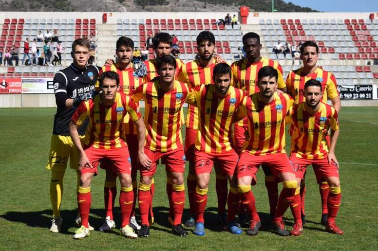 El Lleida recurrirá la decisión de dar por finalizado el fútbol amateur. Twitter/lleidaEsportiu