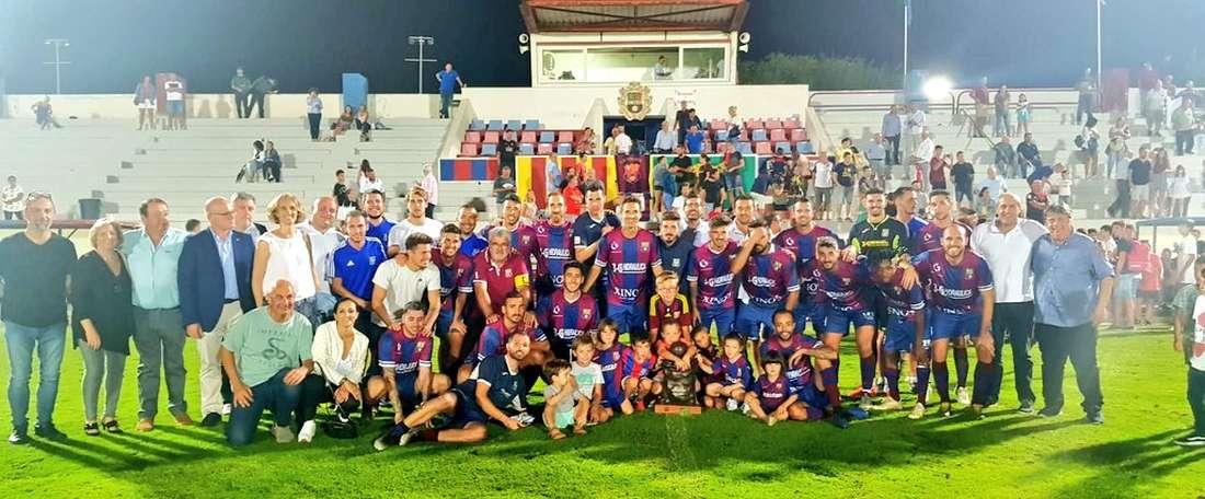El Poblense sorprende a un Mallorca sin pegada. Twitter/UDPoblense