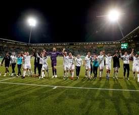 El PSV goleó y avisó al Barcelona. PSV