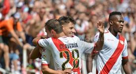Los jugadores del Rayo Vallecano celebran el gol de Álex Moreno ante el Mallorca. RVMOficial