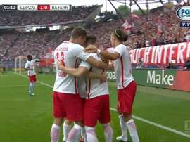 Los jugadores del RB Leipzig celebran el tanto de Sabitzer ante el Bayern. FOXSports
