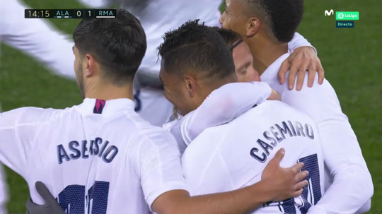 Real Madrid players celebrate a goal. Screenshot/Movistar+LaLiga