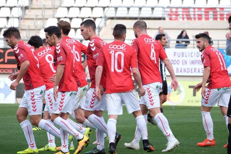 El Murcia sacó una victoria de oro al vencer por 1-3. RealMurciaCFSAD