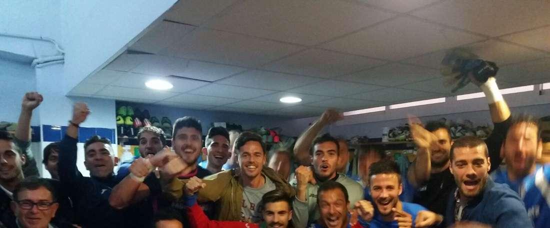 El San Fernando se ha llevado la victoria ante el Real Murcia. SanFernandoCD