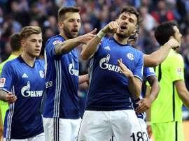 El Schalke se impuso al BFC Dynamo por 0-2. S04