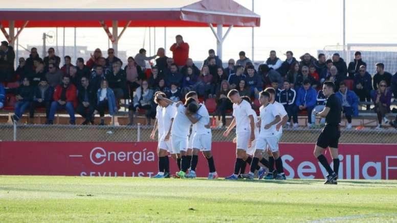 Madrid, Barça y Ajax pujan por una perla del Sevilla. CanteraSFC