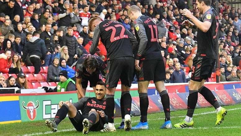 El Stoke City tendría que traspasar a algunos de sus jugadores. StokeCityFC