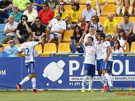 El Tenerife sigue firme hacía el play-off y mete en un lío al Alcorcón. LaLiga