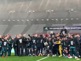 Trabzonspor remporte la Supercoupe de Turquie. Capture/Trabzonspor